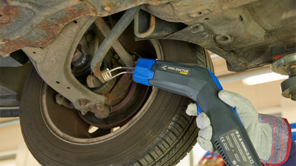 A Safe And Fast Way To Loosen A Rusted Or Corroded Suspension Bolt With