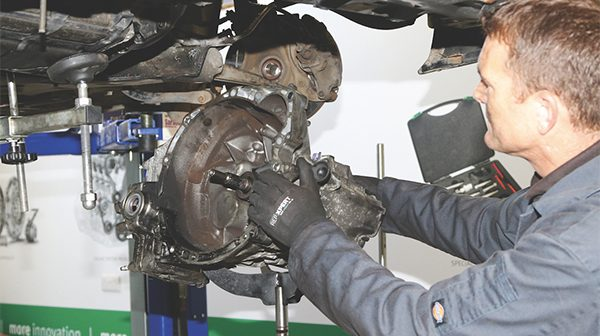 Clutch and flywheel diagnosis and repair – By Rob Marshall